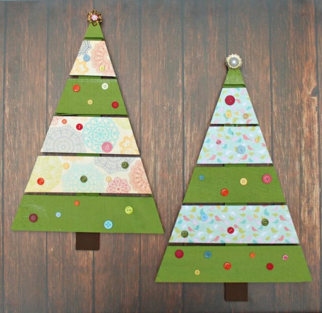 Decorate a rustic pallet tree to create a shabby chic pallet christmas tree piece of home decor. Cute, easy to make DIY decor for the holidays.