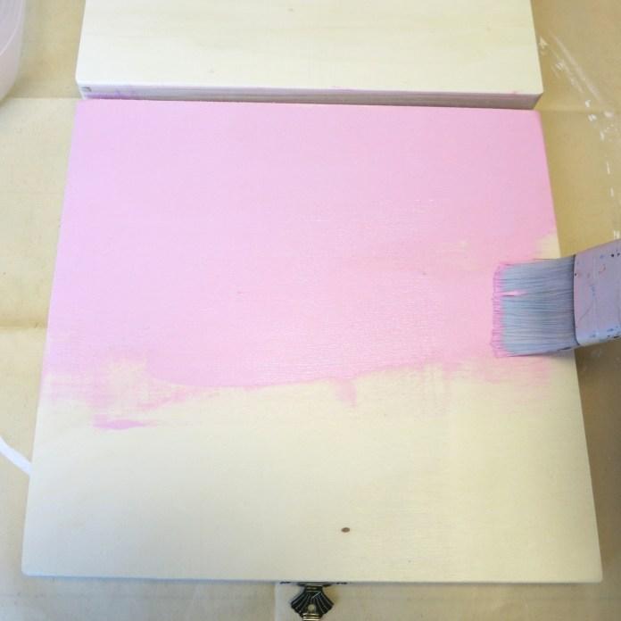 paint a cigar box