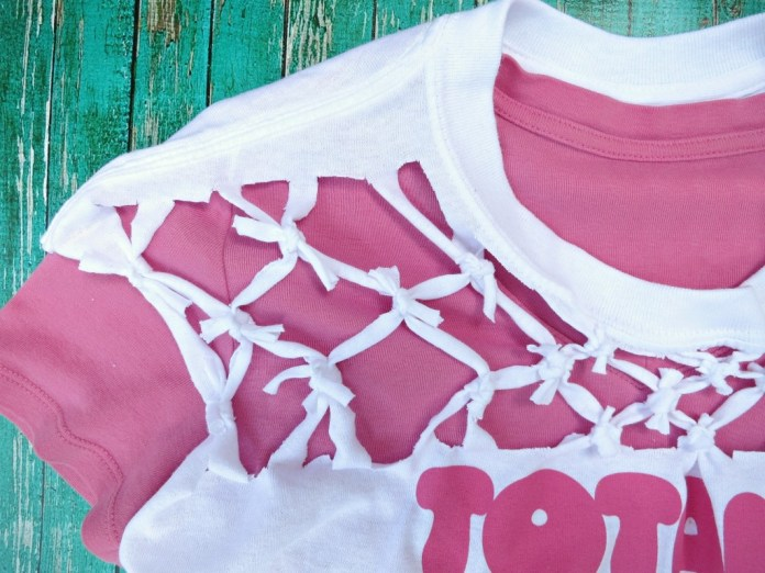 tied t-shirt