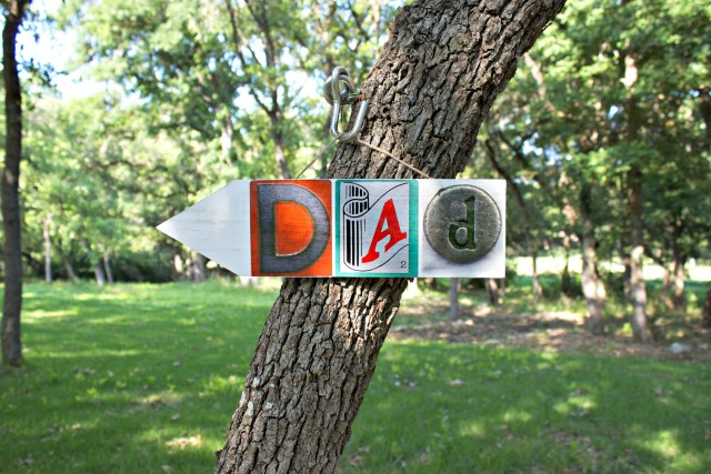 Make a custom wall art sign for the men in your life by printing your own stickers at home. This is a great handmade gift for guys!