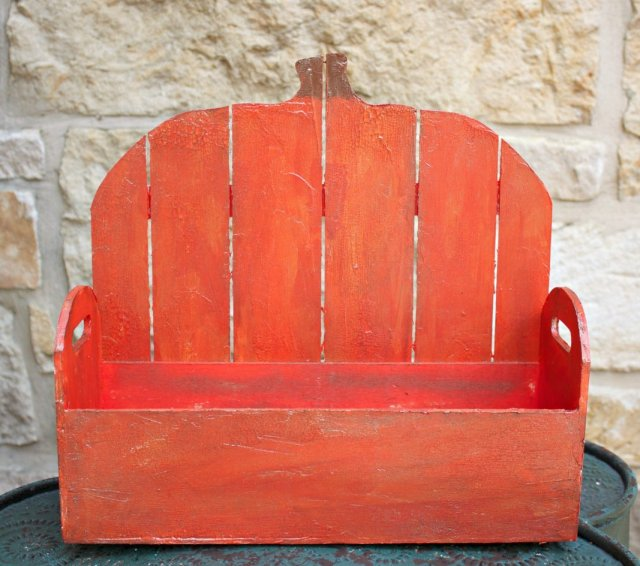 Make a colorful and rustic wood pumpkin basket this fall!