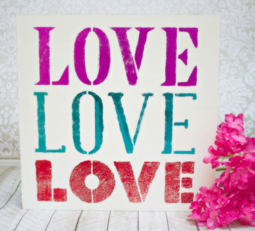 deco foil DIY wall art for Valentine's day