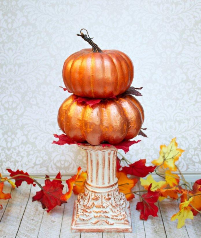 Stacked Pumpkins Decor