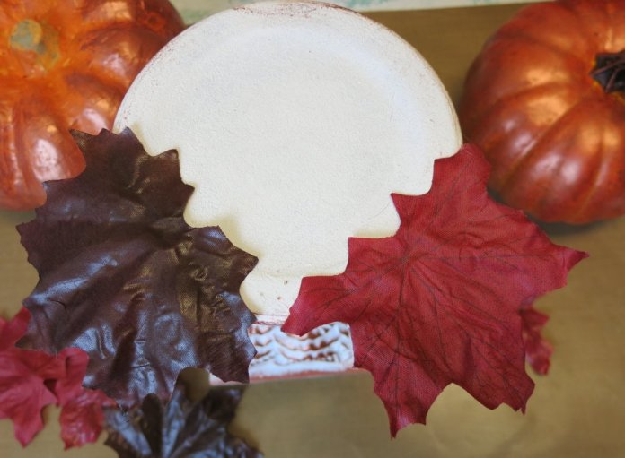Make stacked pumpkins to decorate with this fall.