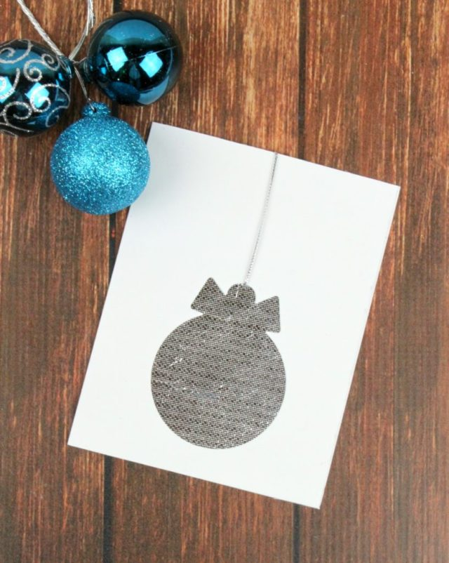 These clean and simple cards are so easy to make that you can have several completed in no time. They are quick to make in bulk but they still look so chic.