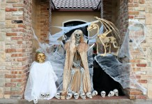 Game of Thrones Halloween Porch Decor