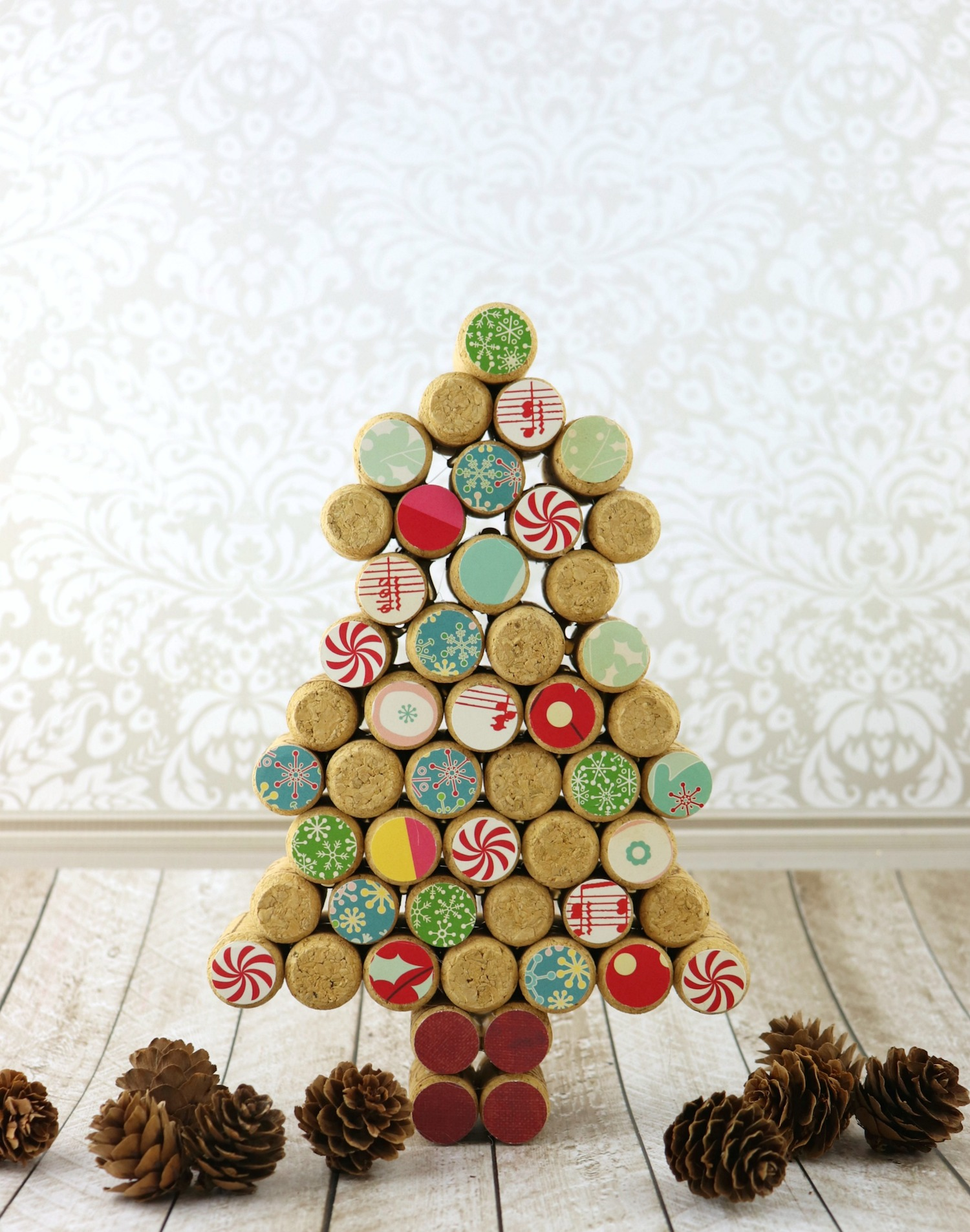 Cork Tree Decor Diy 12 Days Of Christmas Crafts Morena S