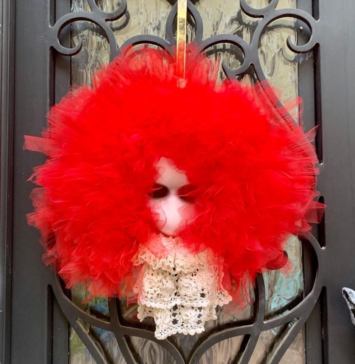 creepy clown wreath Pennywise wreath