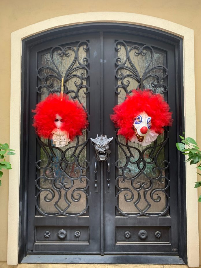 scary creepy clown wreaths