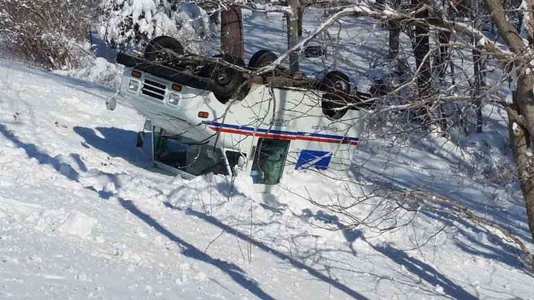 usps-truck-crash