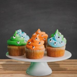800flower-halloween-cupcakes
