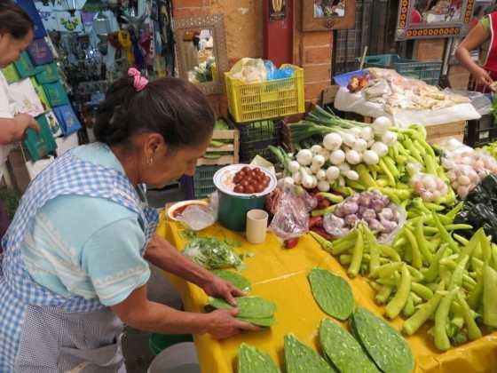 The vibrant market in San Miguel de Allende