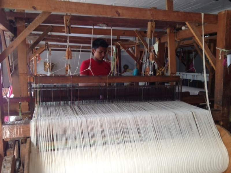 Loom at the cotton textile factory in Huatulco