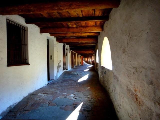 Inside The Donkey Road (Via degli Asini)