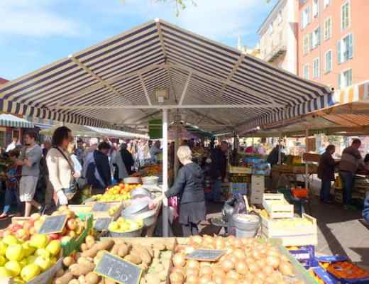 Outdoor market at Cours Saleya, Nice