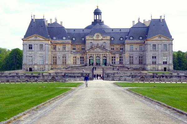 The entrance to Vaux le Vicomte