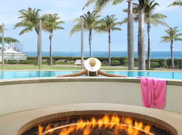 Spa at the Del pool (credit: Hotel del Coronado)