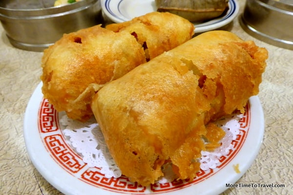 """The Original"" Egg Roll 本樓香酥春卷 Chicken and mixed vegetables rolled in an egg crepe and fried"
