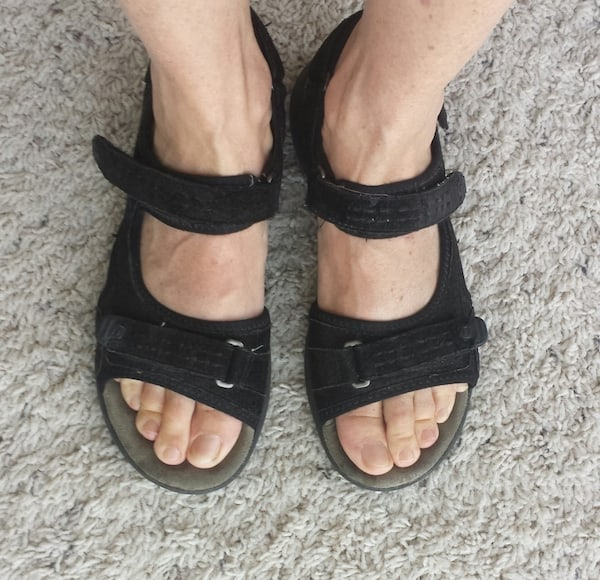 What Do Travel Shoes For Women Over 50 Look Like - More -8400