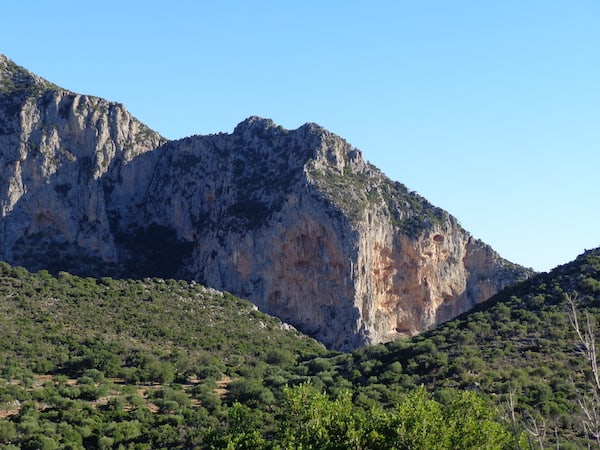 Cultural excursions include hikes through the surrounding Monemvasia mountains.
