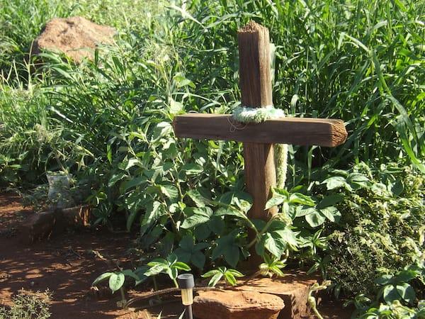 Grave marker at Hanaka o'o' Cemetery