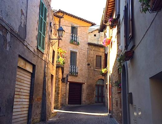 One of the winding, cobblestone streets in Orvieto