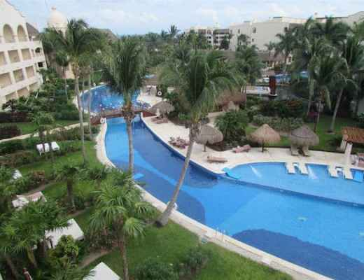 Meandering pools at Excellence