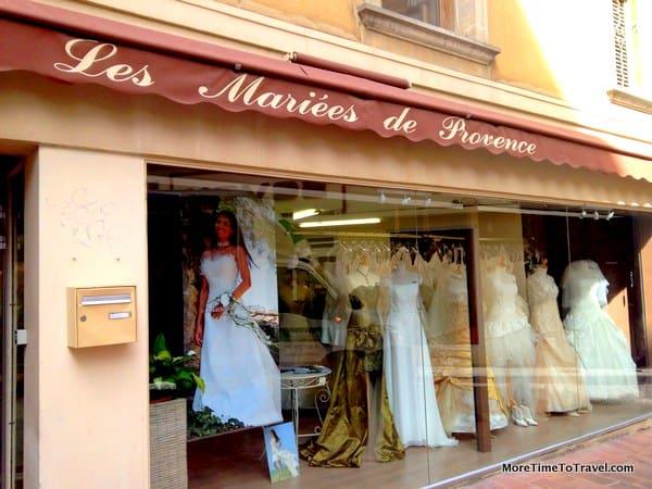 Bridal shop in Avignon, Provence, France