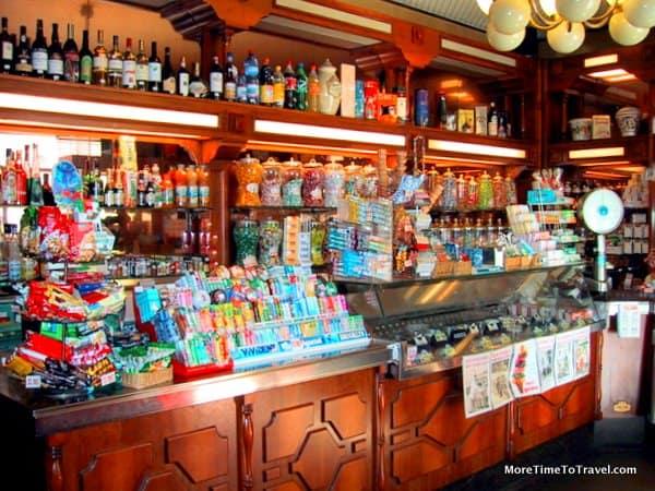 Interior of Bar Sport/Pasticceria in Bellagio