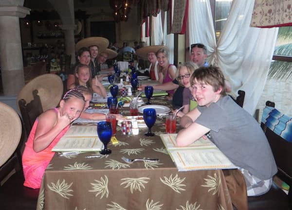 El groupo in the Mexican restaurant at Dreams Riviera Cancun