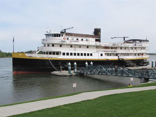 S.S. Legacy on the Columbia River