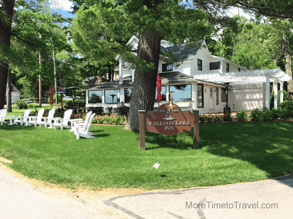 Walloon Lake Inn & restaurant