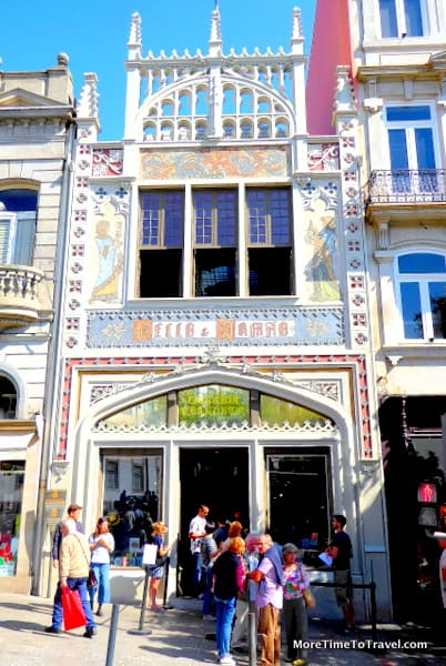 Neo-Gothic facade of Livraria Lello