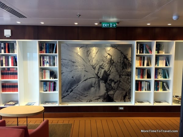 Intimate book corner on Deck 7 of the Viking Star