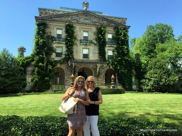 Suzanne and me at Kykuit