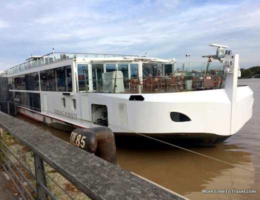Viking Forseti docked in Bordeaux