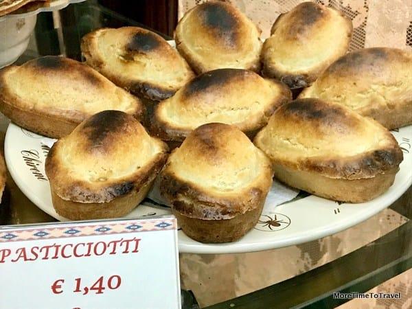 Pasticciotto, a popular Italian pastry born in Galatina