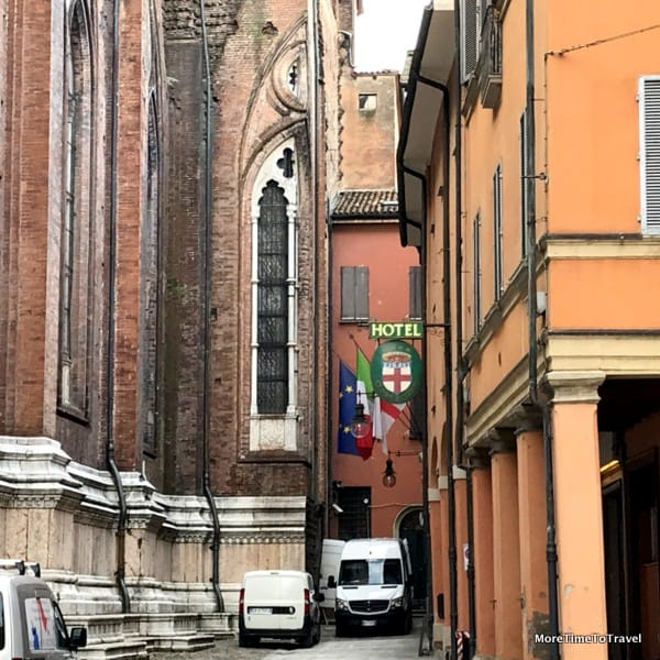 The hotel is located right beside the Basilica of San Petronio