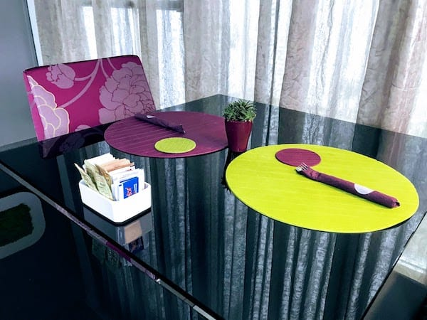 Table setting in the breakfast room at 8 Piu Hotel