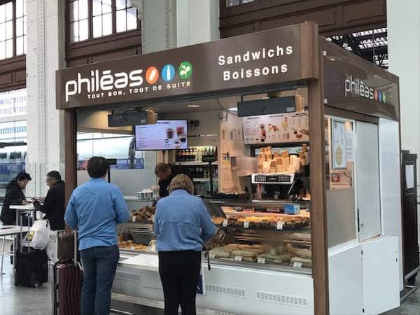 One of the kiosks at the Gare de Lyon