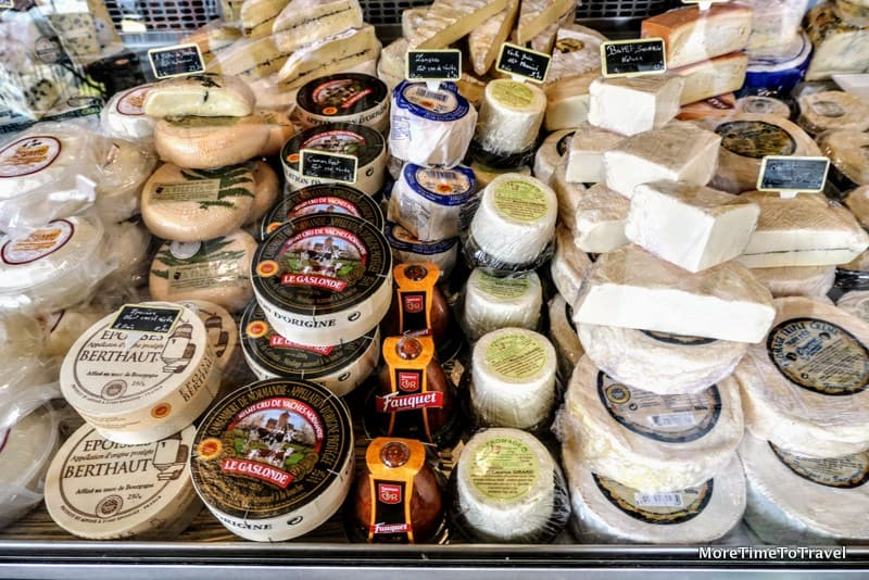 Visiting Crèmerie Lyonnaise in Vieux Lyon to sample cheeses