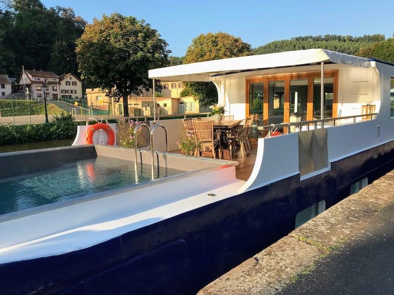 Hot tub on European Waterways' Panache