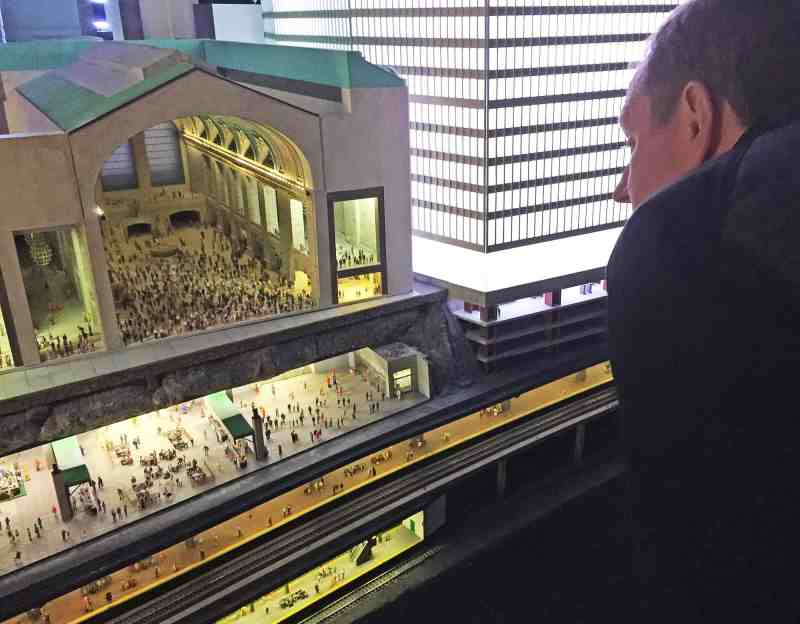 Gulliver's Gate - Grand Central Station
