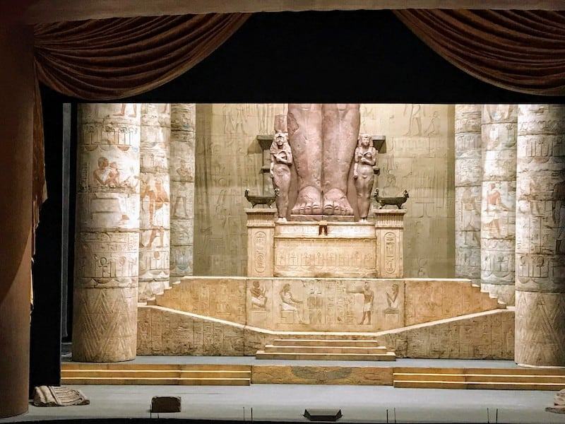 The stage is set for Act I of Aida