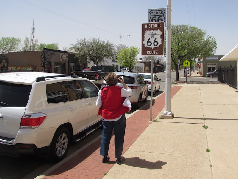 Art shops along Route 66