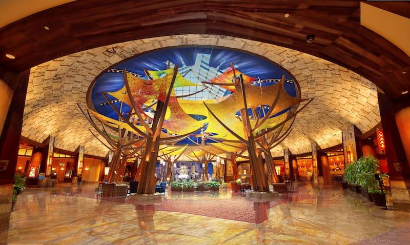 Mohegan Sun Lobby (Credit: Mohegan Sun)
