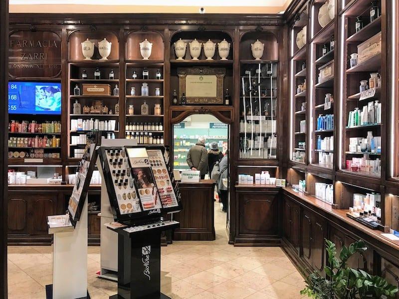 A peek inside Farmacia Zarri (Photo: Jerome Levine)