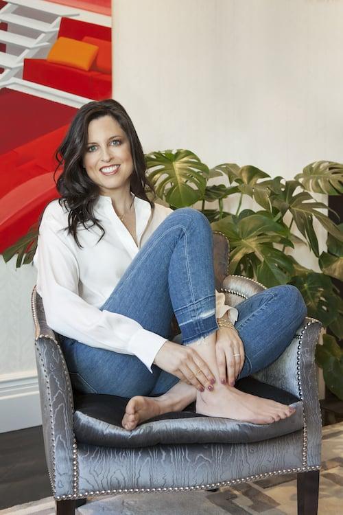 Elyssa Friedman, author of The Floating Feldmans