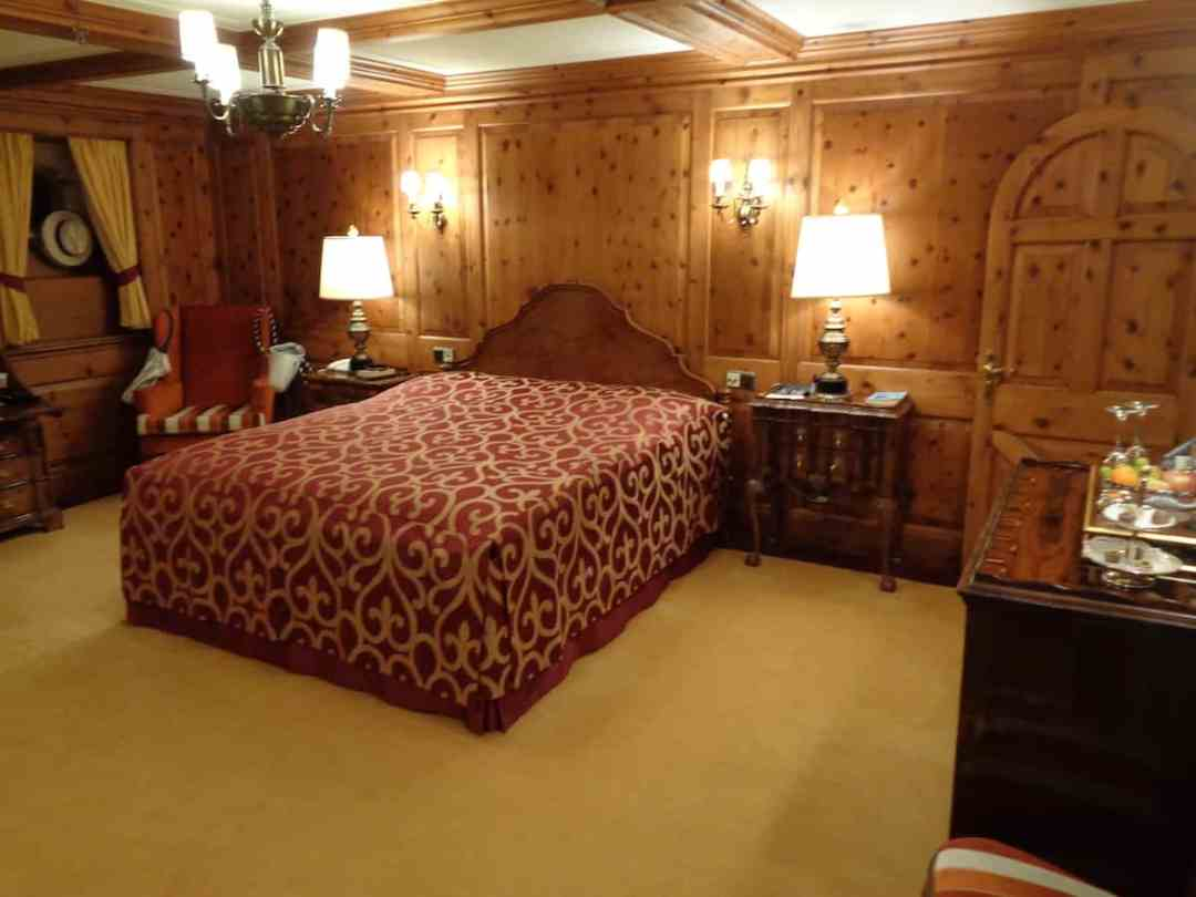 One of two owner's suites on Sea Cloud