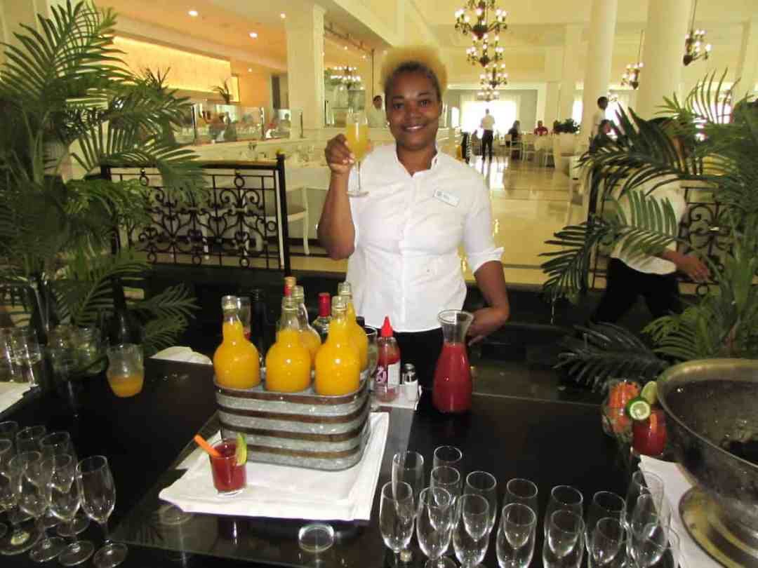 Bahia Principe Luxury Ambar: Mimosa at Breakfast